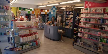 Interior Farmàcia Roser Miró.